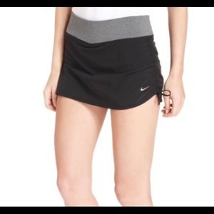 Nike Rival Dri Fit Skort XS Black Lined Ruching